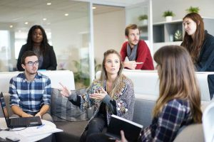 Outsourcing – Pros and Cons